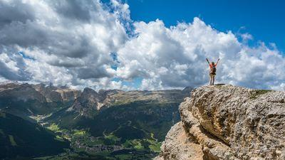 hiking-mountain-clouds-celebration-sky